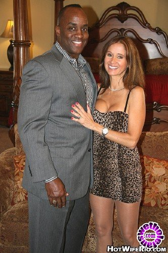 HotWifeRio - Hot Wife Rio - Big black Knight 4 (FullHD/1080p/863 MB)
