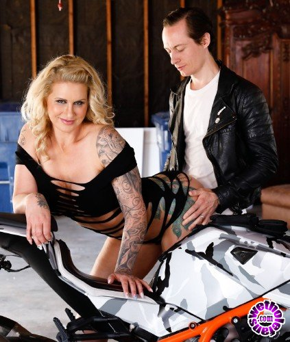 BurningAngel - Ryan Conner - MILFlife Crisis (HD/543MB)