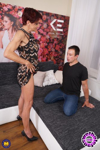 Mature - Kim O. (53) - German Pierced older lady doing her toyboy (FullHD/1080p/1.29 GB)