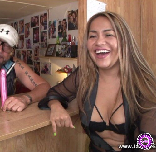 JacquieEtMichelTV - Candy - Candy, bolivienne de 25ans (FullHD/1080p/1.50 GB)