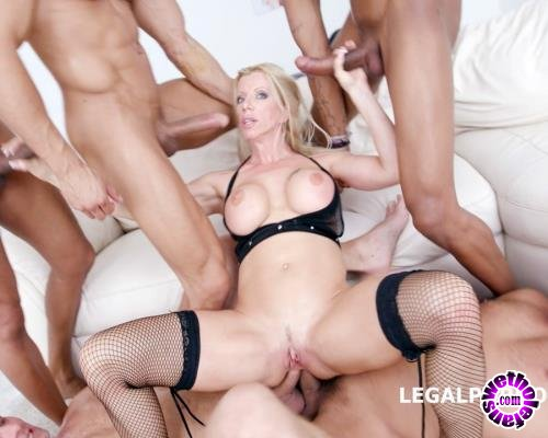 LegalPorno - Lara De Santis - Monstars Of DAP With Lara De Santis No Pussy/Balls Deep/DAP/TAP/Airplane/Gapes GIO424 (FullHD/1080p/4.05 GB)