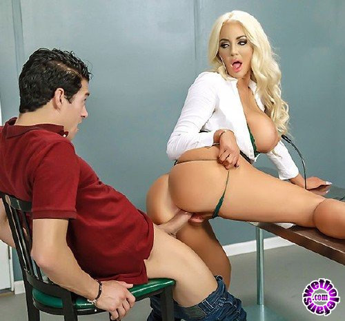 DoctorAdventures/Brazzers - Nicolette Shea - Mind Blowing (HD/699 MB)