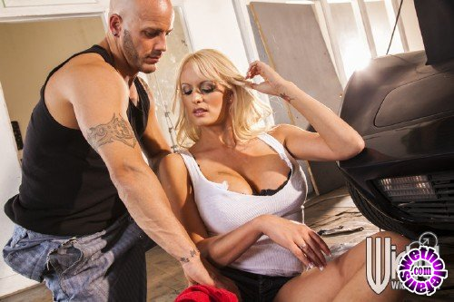 WickedPictures - Stormy Daniels - Snatched, Scene 4 (FullHD/1080p/632 MB)