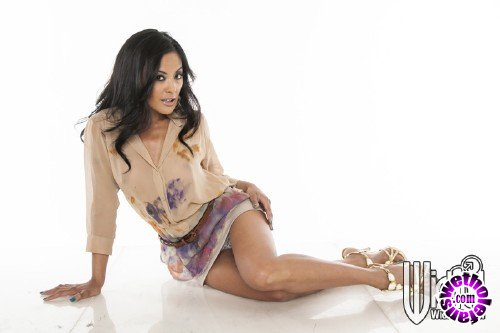 WickedPictures - Kaylani Lei - Snatched, Scene 6 (FullHD/1080p/1.03 GB)