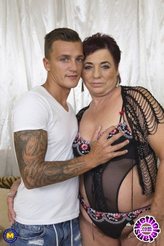 Mature - Joanne (57) - Hairy housewife doing her toyboy (FullHD/1080p/1.18 GB)