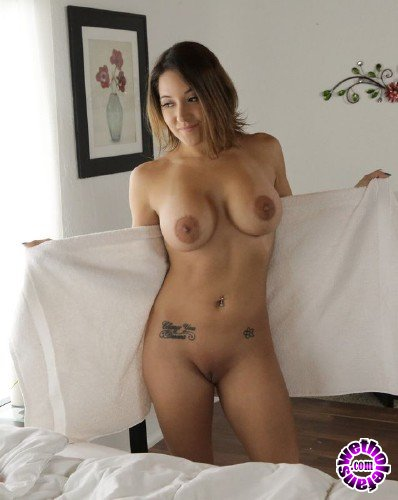 NFBusty - Jean Michaels - Sudsy Sexy Shower (HD/842MB)