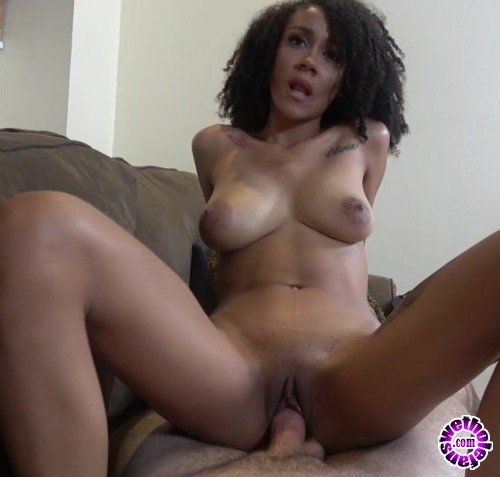 HussieAuditions - Ariana Aimes - Welcomes Ariana Aimes to the couch (FullHD/1080p/5.31 GB)
