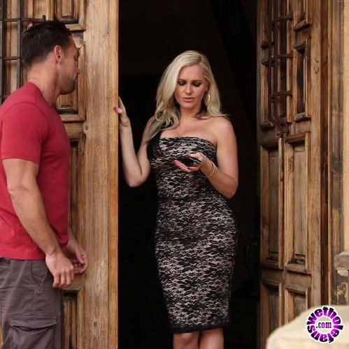 ZeroTolerance/Ztod - Alena Croft - Smoking Hot MILF Alena Croft Drilled Hard (FullHD/1080p/1.66 GB)