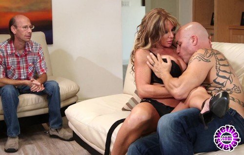 ThirdMovies/Ztod - Farrah Dahl - Farrah Dahl Have Sex With Some Other Guy While Her Husband Watch (FullHD/1080p/1.51 GB)