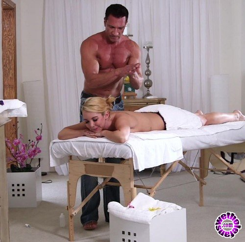 ThirdMovies/Ztod - Aaliyah Love - Aaliyah Love Enjoys The Afternoon Massage With Extra Pussylicking And Added Dick (FullHD/1080p/1.34 GB)