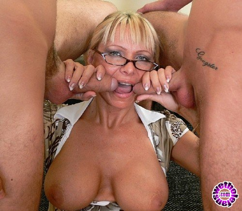 Tuttifrutti - Amateurs - Winnie, the hot teacher (FullHD/1080p/1.09 GB)