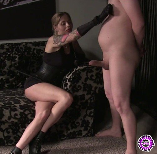 BallBustingChicks/Clips4Sale - Domina Hera - Painful Cock Whipping (FullHD/1080p/242 MB)