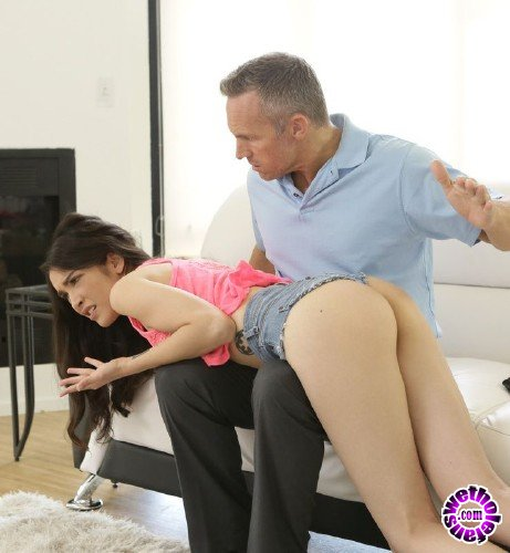 BadTeensPunished/NubilesNetwork - Jericha Jem - Blows For Clothes (HD/1.06 GB)
