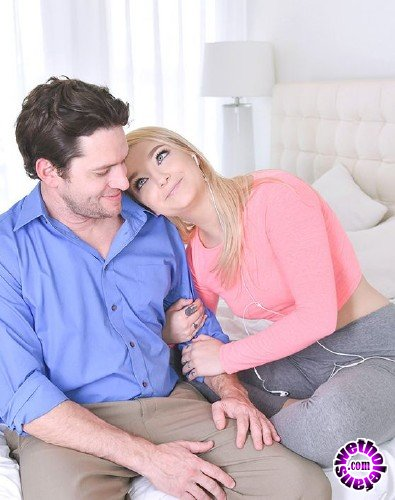 TeenPies/TeamSkeet - Carmen Callaway - Broken Pull Out Promises (HD/1.3GB)