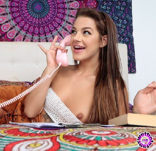 TeensLikeItBig/BraZZers - Evelin Stone - Get Off The Phone (HD/691 MB/SD/300MB)