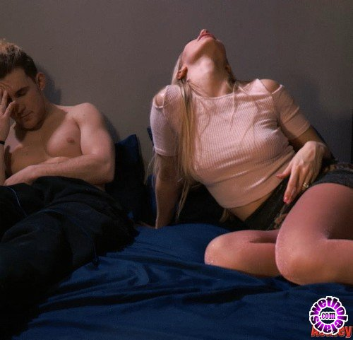 Clips4Sale - Ashley Fires - Mommies Party (FullHD/1080p/1.16 GB)