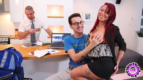 3-WayPorn/PegasProductions - Ariana Skyy, Le Kid - Sex 101 with my Step-Mom (FullHD/1080p/1.50 GB)