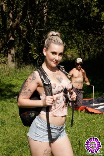 QuebecProductions - Violet Revolver, Nick Spank - Camping X-treme 3 (FullHD/1080p/1.49 GB)