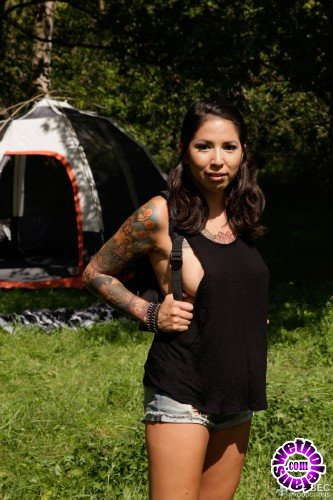 QuebecProductions - Jackie Moore, Stevo - Camping X-treme 3 (FullHD/1080p/1.50 GB)