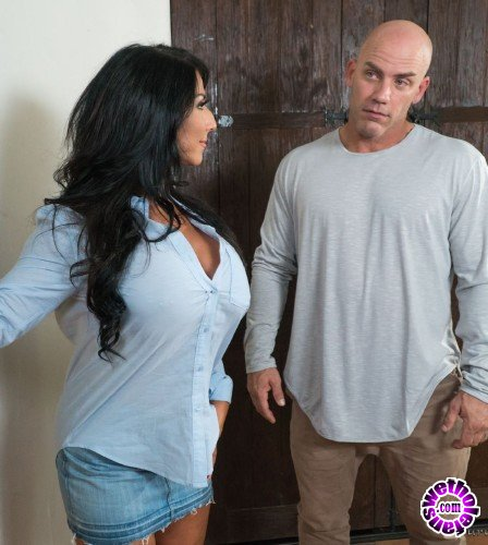 NuruMassage/FantasyMassage - Raven Hart - I Ordered An Escort (HD/674MB)