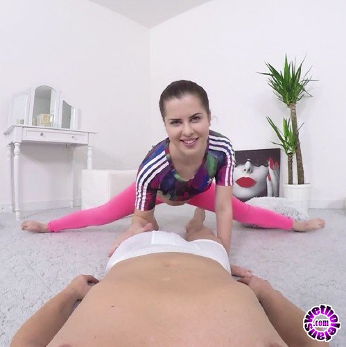 SexFlexVideo - Cassie Fire - Flexible Cassie Fire (FullHD/1080p/431 MB)