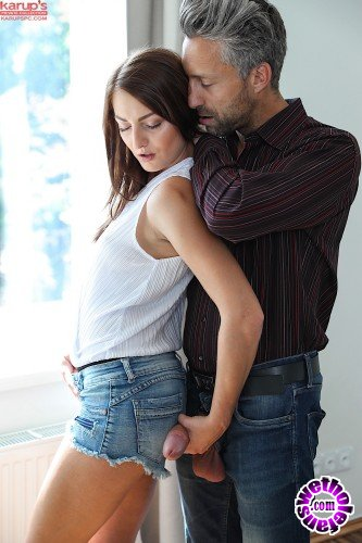 KarupsPC - Katy Rose - A Quick Peek (HD/895MB)