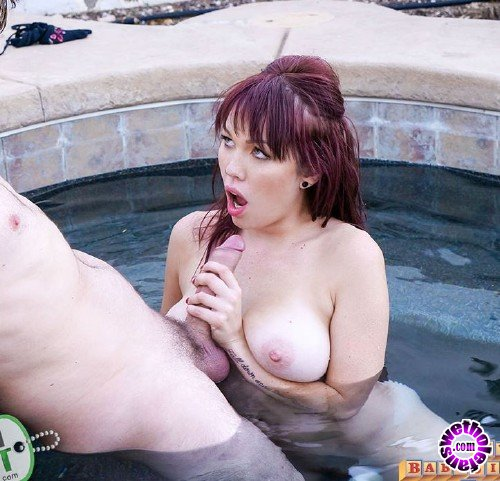 MyBabysittersClub/TeamSkeet - Zoey - Outdoor Services (FullHD/1080p/2.57 GB)