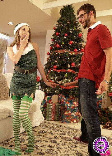 BrattySis - Angel Smalls - Christmas Spirit (HD/1GB)