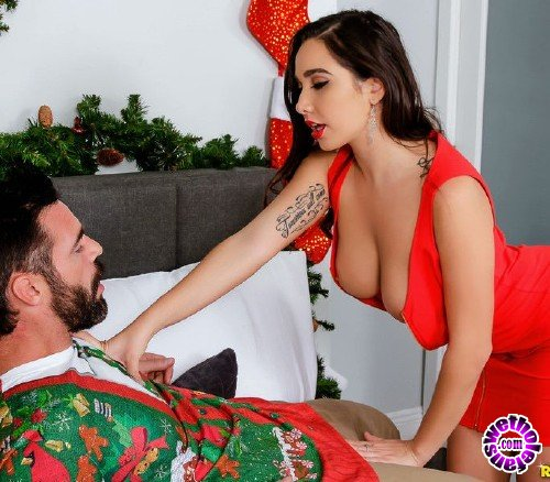 BigNaturals/RealityKings - Karlee Grey - Ho Ho Homewrecker (HD/621MB)