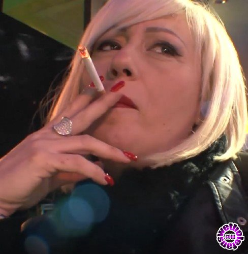 PinkoClub - Christie Dom - Wet happy hour (FullHD/1080p/981 MB)