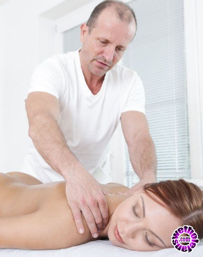 Doghousedigital - Ornella Morgan, George Uhl - Massage Me (FullHD/1.1GB)