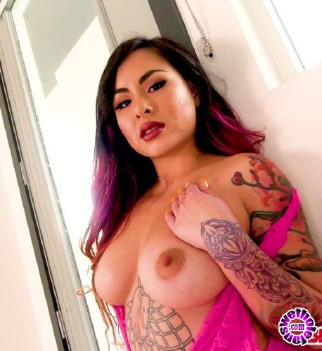 BigGulpGirls/TopWebModels - Ivy Brooks - Amazing Latasian (FullHD/1080p/1.69 GB)