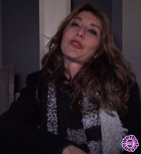 JacquieEtMichelTV - Laetitia - Laetitia, 44ans, agent immobilier a Meyreuil 13 (FullHD/1080p/813 MB)