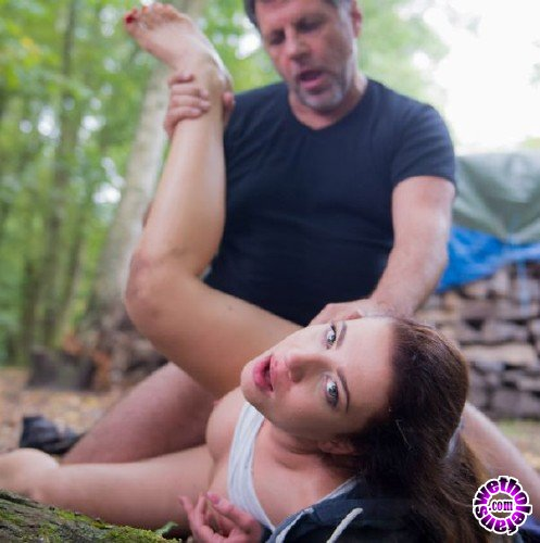 BeautyAndTheSenior - Teressa Bizarre - Beauty And The Senior (FullHD/1.4GB)