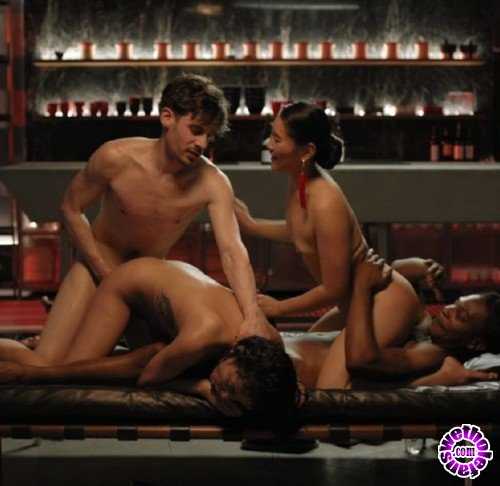 XConfessions - Amateurs - Hot power couple (FullHD/1080p/924 MB)