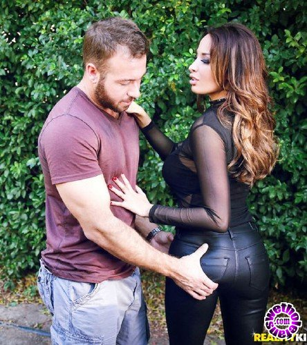 MonsterCurves/RealityKings - Anissa Kate - Badass (FullHD/2.72GB)