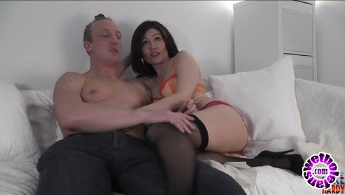 LukeHardyxxx - Kitty Creamer - Kitty Creampie Webcam Special (HD/720p/306 MB)