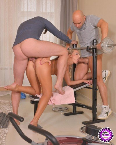 HandsonHardcore/DDFNetwork - Victoria Pure - Fitness and Fuck Buddies (FullHD/880 MB)