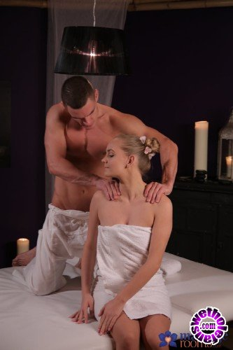 MassageRooms/FakeHub - Lucette Nice - Bubble butt blondes sensual fuck (FullHD/1080p/1.25 GB)