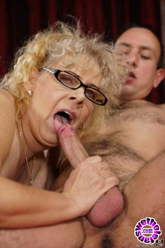 LustyGrandmas/21Sextreme - Viola Jones, Rob - Naughty Grannys Sexual Pleasures (FullHD/1080p/1.12 GB)