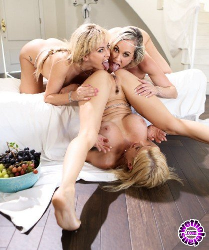 Sweetheartvideo - Cherie DeVille, Alexis Fawx, Brandi Love - Sweetheart Sisters Threesome! (FullHD/1.13GB)