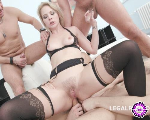 LegalPorno - Lisey Sweet - Monsters Of DAP Lisey Sweet Vs 4 BWD Balls Deep Anal, Balls Deep DAP, Gapes, Swallow GIO577 (FullHD/1080p/3.99 GB)