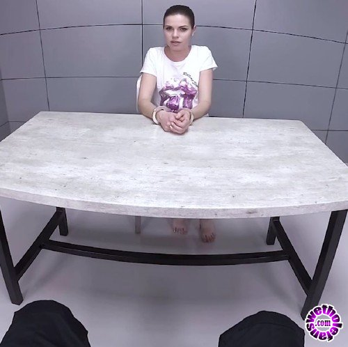 TmwVRnet/TeenMegaWorld - Sarah Smith - Sexy Blonde is Fucked in an Interrogation Room (FullHD/1080p/1.55 GB)