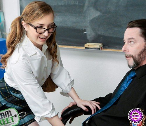 InnocentHigh/TeamSkeet - Gracie May Green - Never Been Fucked Since Nam (HD/1GB)