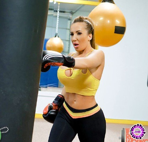 TheRealWorkout/TeamSkeet - Ricelle Ryan -  Busty Babe Goes Boxing (FullHD/1080p/2.44 GB)