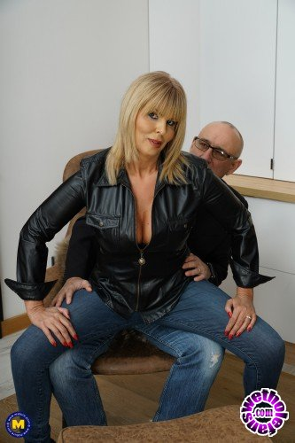 Mature - Miss Gabrielle Fox EU 53 - British Milf Miss Gabrielle Fox has sex with a dirty old man (FullHD/1080p/2.03 GB)