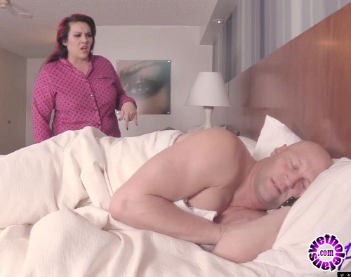 Pure-BBW - Julie Rocket - Its Time For Bed But No One Is Gonna Be Sleeping (FullHD/1080p/1.31 GB)