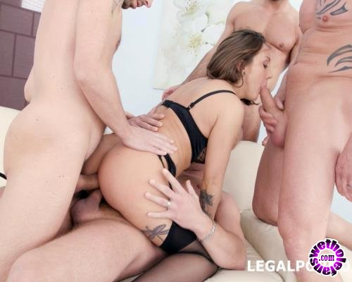 LegalPorno - Betty Foxxx - Fucking Wet 4 On 1 With Betty Foxxx DAP, Balls Deep Anal, Multi Pee, Multiple Facial GIO545 (FullHD/1080p/4.35 GB)