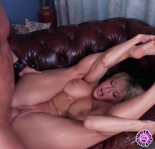 Clips4Sale - Dee Williams - Jugs for Wiener Hugs (FullHD/1080p/1.60 GB)