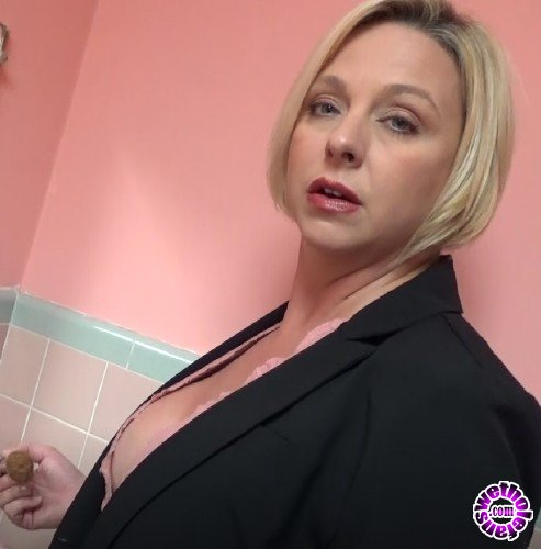 MomComesFirst/Clips4sale - Brianna Beach - Third Shift (FullHD/1080p/2.06 GB)